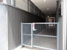 宮園コーポ 門扉