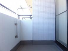 藤和ハイタウン上野 洋室約6.9帖側のバルコニー