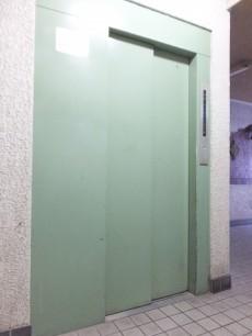 バロンハイツ大塚 エレベーター