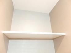 クレド茗荷谷 洗濯機置場上の棚