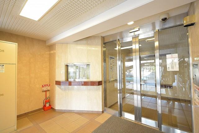 フリーディオ三宿 エントランスホール