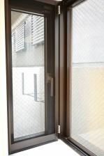 パーク・ハイム千石 7.2帖ベッドルーム出窓