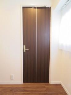Gフラット 洋室扉