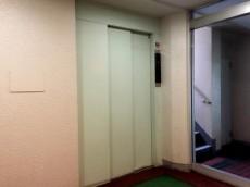 パラスト千歳船橋 エレベーター