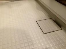 サンコート千歳台 バスルーム床