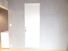 自由が丘タウンハウス 洗面室の扉