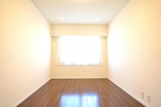サンハイツ北新宿 洋室約8.2帖