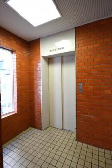 カーサ第2蒲田 エレベーター