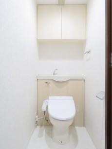 アルス目黒学芸大学弐番館 ウォシュレット付きトイレ