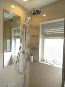 目白ローヤルコーポ シャワールーム