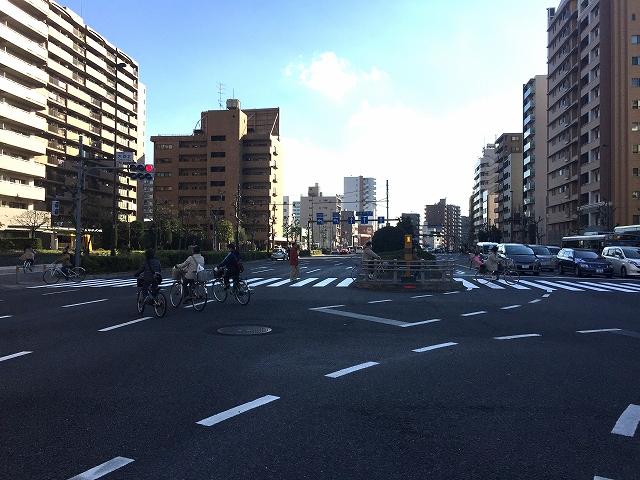 東京マスタープレイス 前面道路