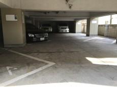 桜上水山森マンション 駐車場