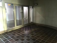 西荻ニュースカイマンション エントランスホール