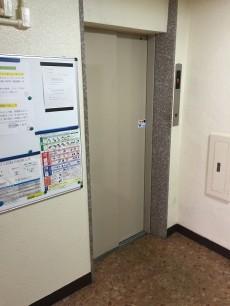 ハイライフ高田馬場 エレベーター