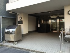 ハイライフ高田馬場 エントランス