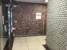 赤坂コーポ エントランスホール