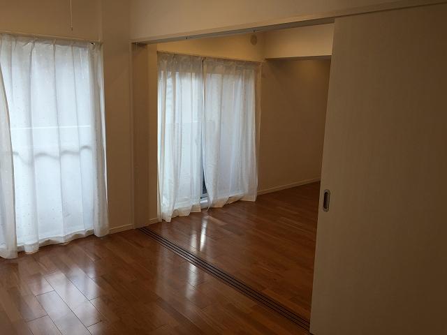 六本木ハイツ 洋室約6.6帖