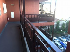 砧公園ヒミコマンション 外廊下