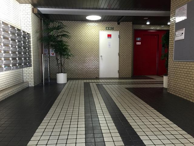 砧公園ヒミコマンション エントランスホール