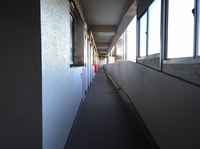 柿の木坂パレス 5F外廊下
