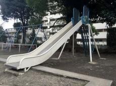 馬事公苑前ハイム 敷地内