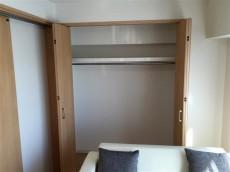 サンハイツ永福町 洋室約4.6帖収納