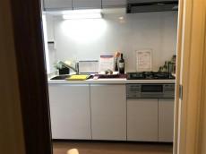 中野坂上マンション リビングダイニングキッチン