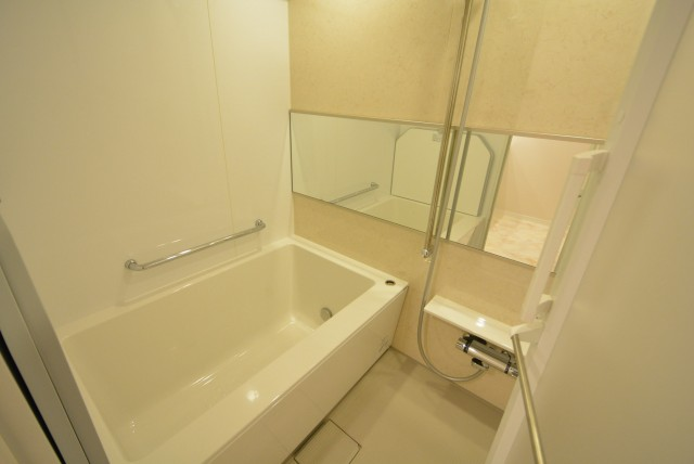 日興パレス南麻布第2 浴槽