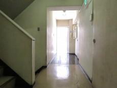 赤坂南部坂ハイツ 共用廊下