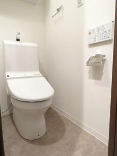 三田綱町ハイツ ウォシュレット付きトイレ