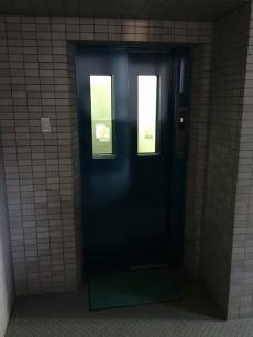 ハイホーム砧公園 エレベーター