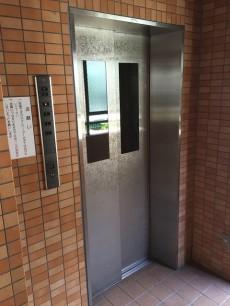 ダイアパレス目黒本町 エレベーター