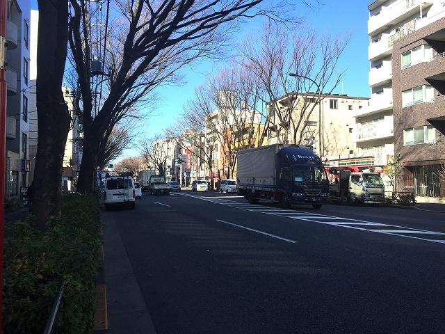ライオンズマンション上北沢 前面道路
