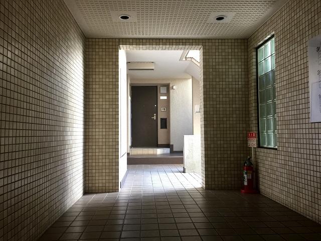 ハウス南経堂 エントランスホール