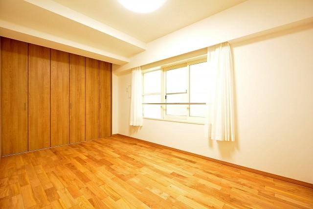 目黒コーポラス 6.7帖のベッドルーム