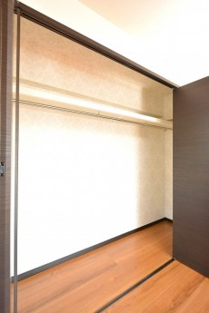 マンション南恵比寿 9.6帖のベッドルーム クローゼット