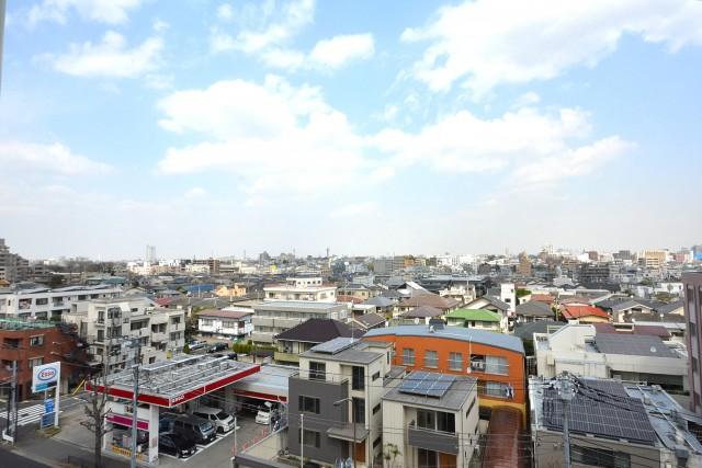 自由ヶ丘フラワーマンション 共用廊下からの眺望