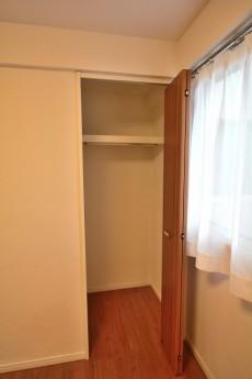 玉川コーポラス 4F洋室
