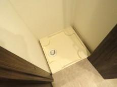 ニューハイツ大森 洗濯機置場