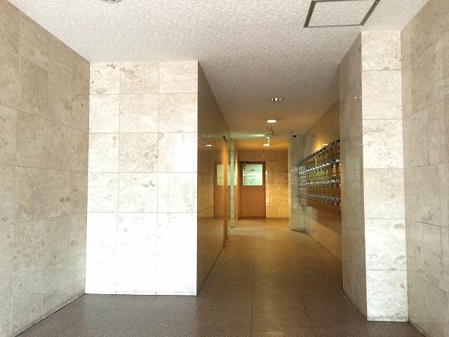 中野東豊マンション エントランスホール