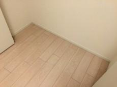 池田山ロイヤルマンション 洋室約5.8帖収納