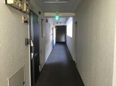 財形第3御殿山マンション 内廊下