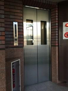 グリーンハイム世田谷 エレベーター