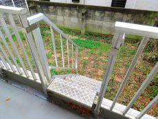 砧公園スカイハイツ バルコニー階段