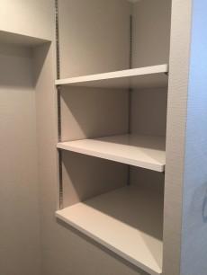 日商岩井豪徳寺マンション 洗濯機置場