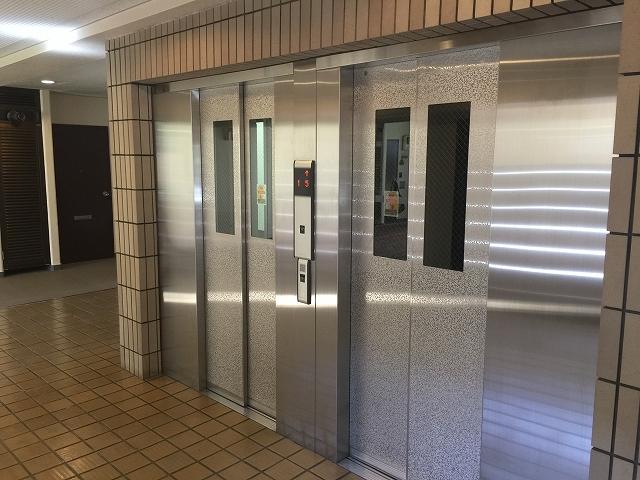日商岩井豪徳寺マンション エレベーター