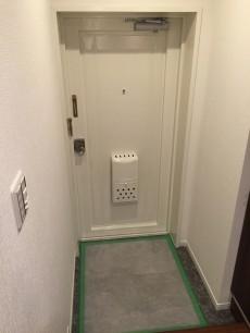 砧公園スカイハイツ 玄関