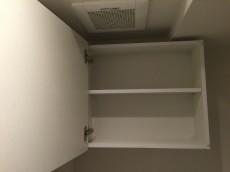 キャッスル世田谷 トイレ収納