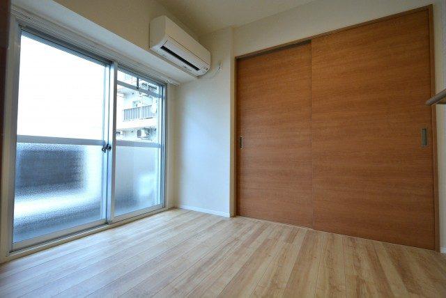 マンション五反田 洋室1
