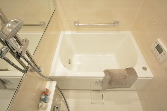 ライオンズマンション弦巻 浴室